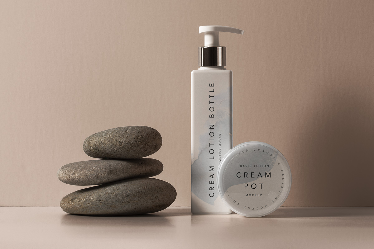 Free Download Lotion Cream Bottle Packaging Mockup PSD